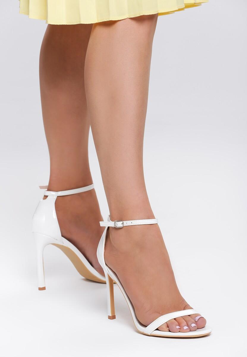 Białe Sandały Snaffle
