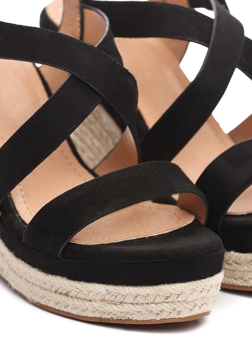 Czarne Sandały Advocated