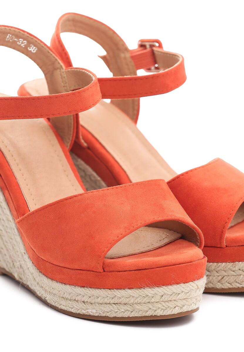 Pomarańczowe Sandały Discussion