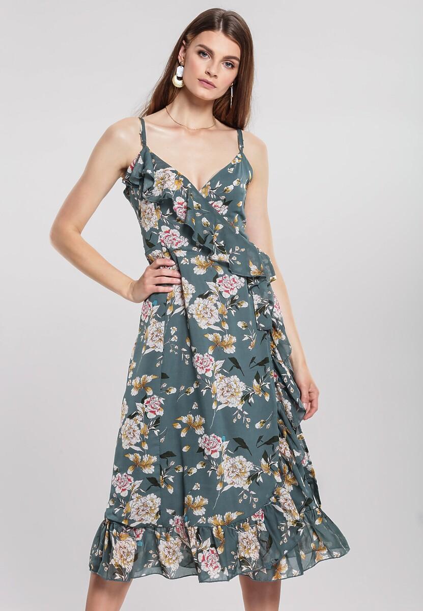 Niebieska Sukienka Gardening