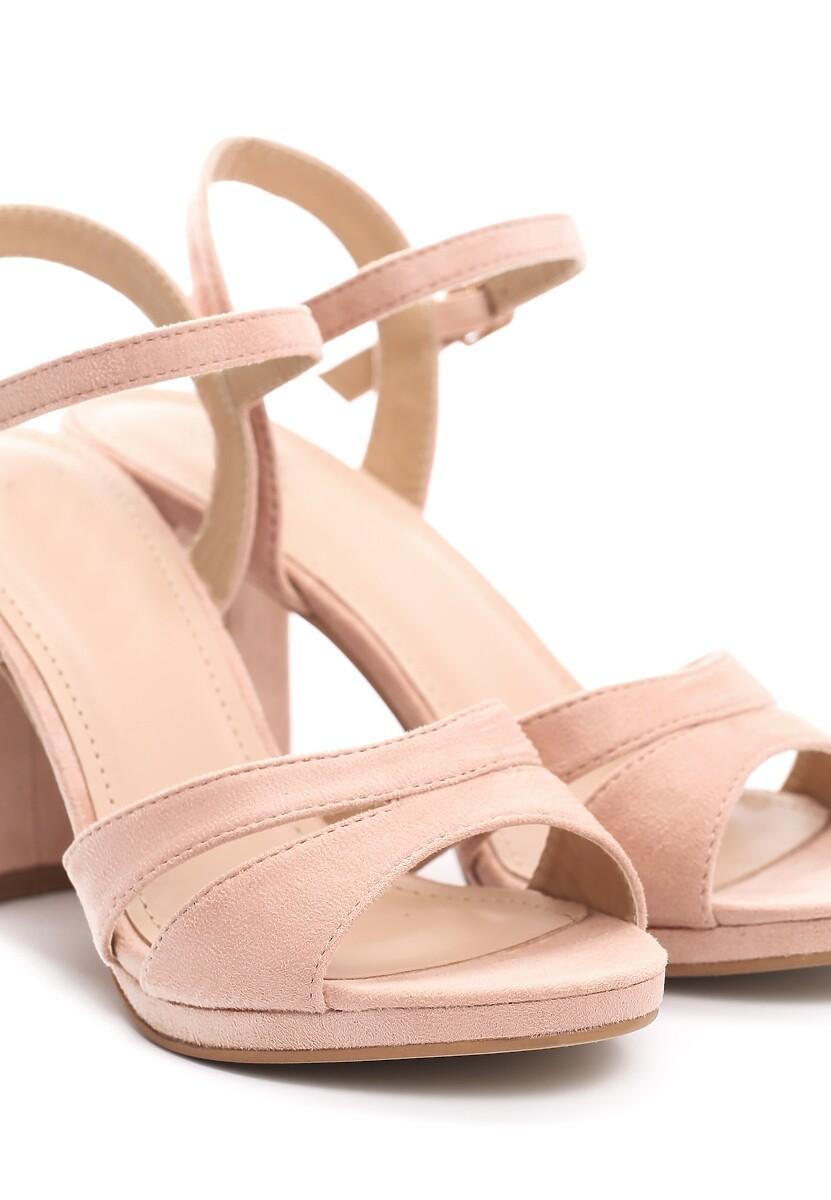 Różowe Sandały String Along With