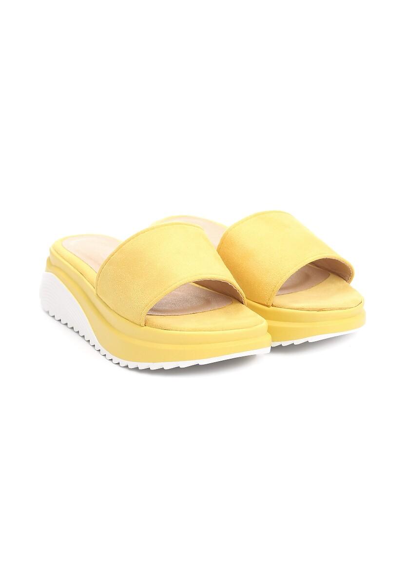 Żółte Klapki Libertinism
