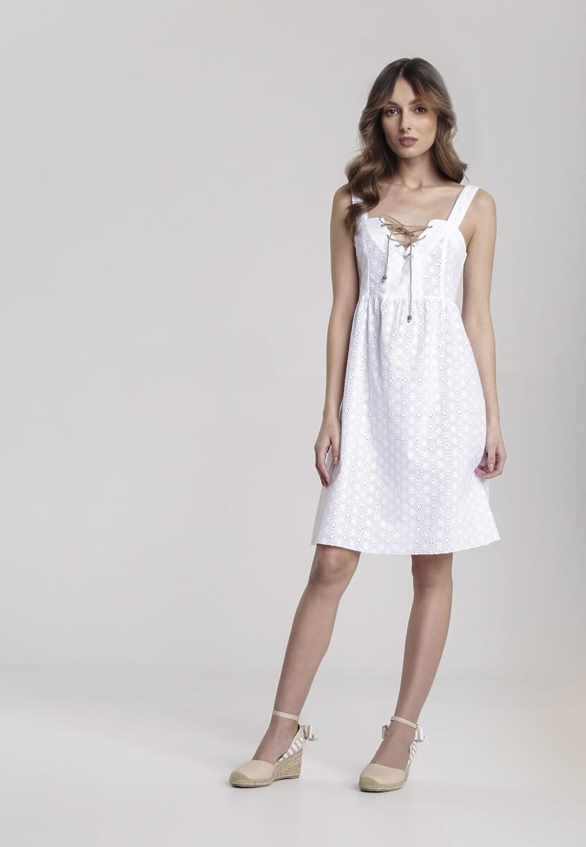 Biała Sukienka Believeable
