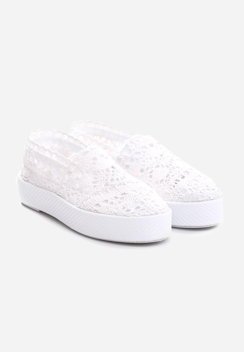 Białe Slip On Bundt