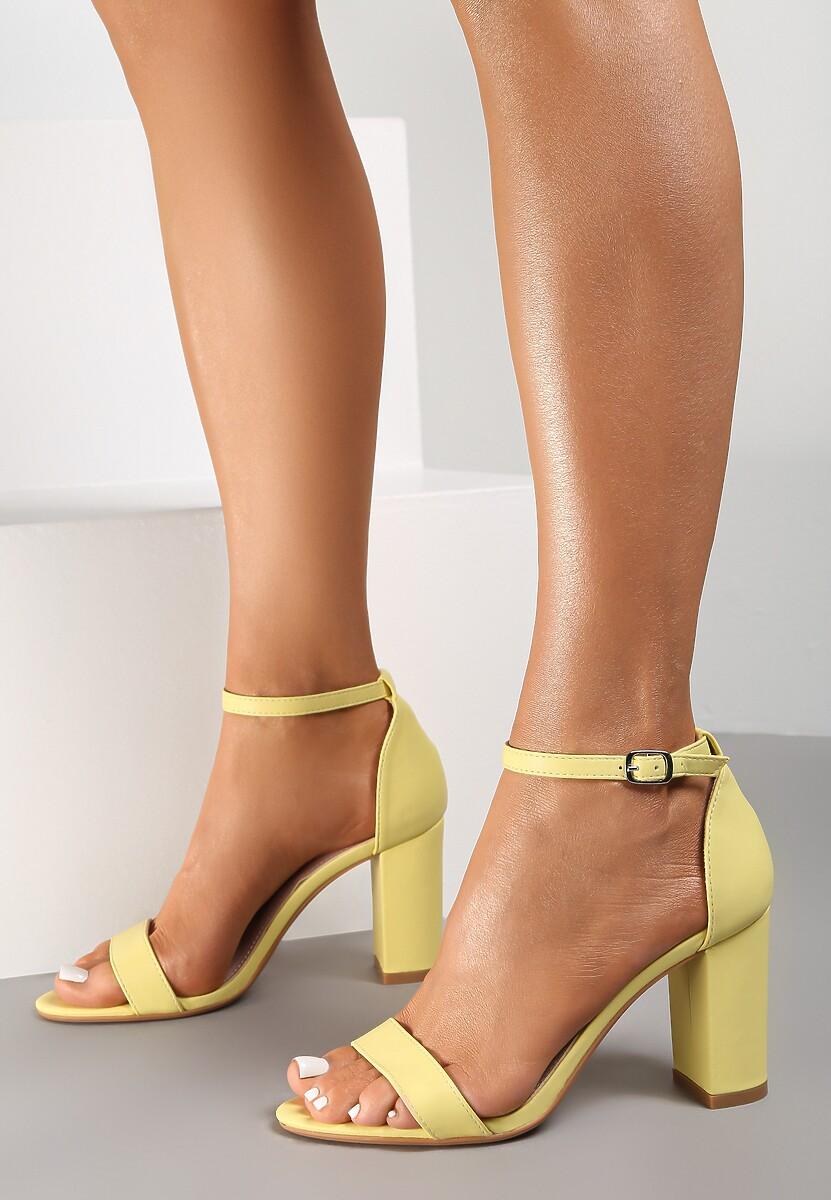 Żółte Sandały Bargaining