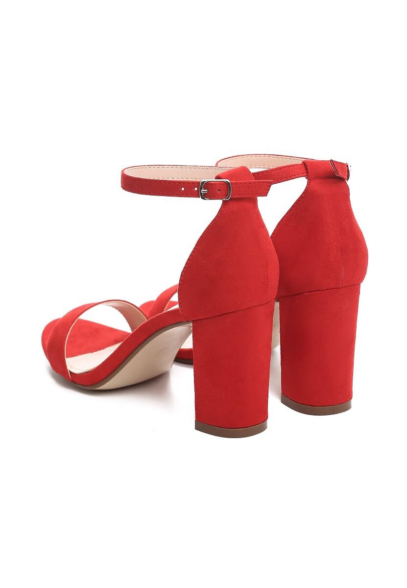 Czerwone Sandały Bargaining