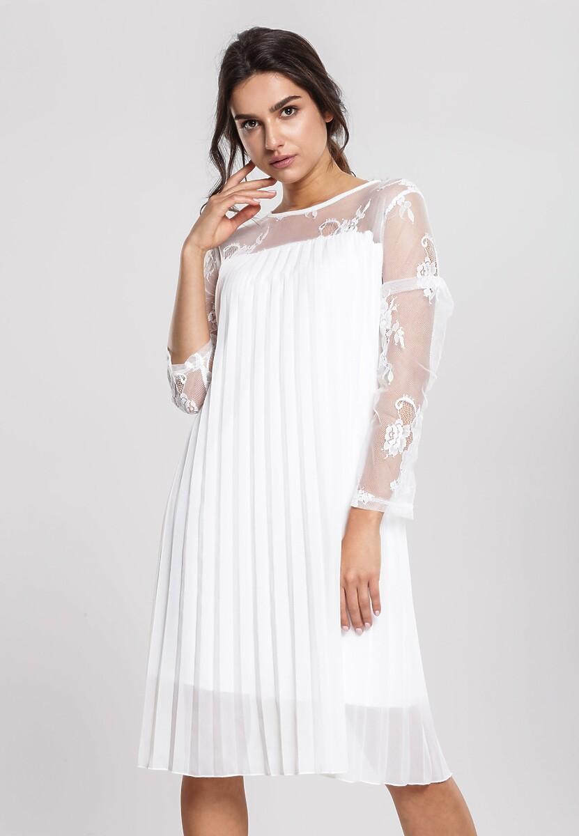 Biała Sukienka Socialism