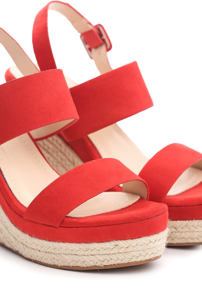 Czerwone Sandały Underrate