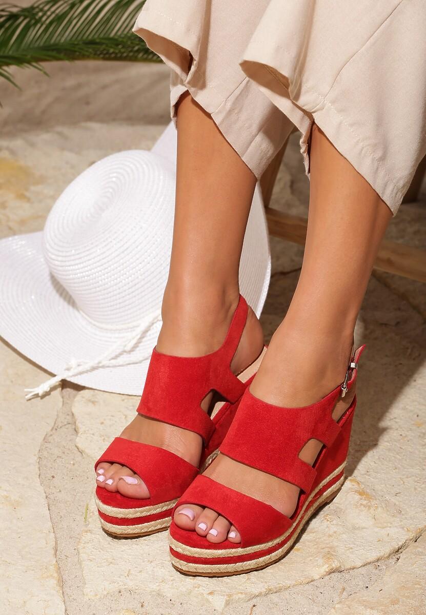 Czerwone Sandały Charge Up