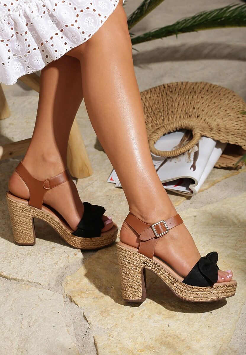 Czarne Sandały Igneous
