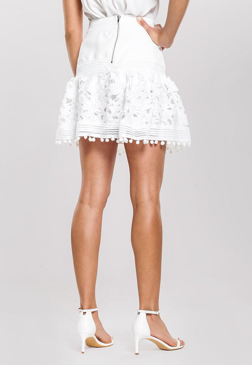 Biała Spódnica Bustling