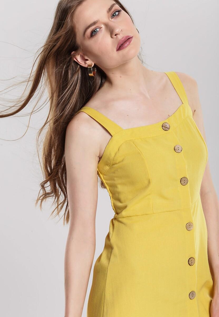 Żółta Sukienka Considers