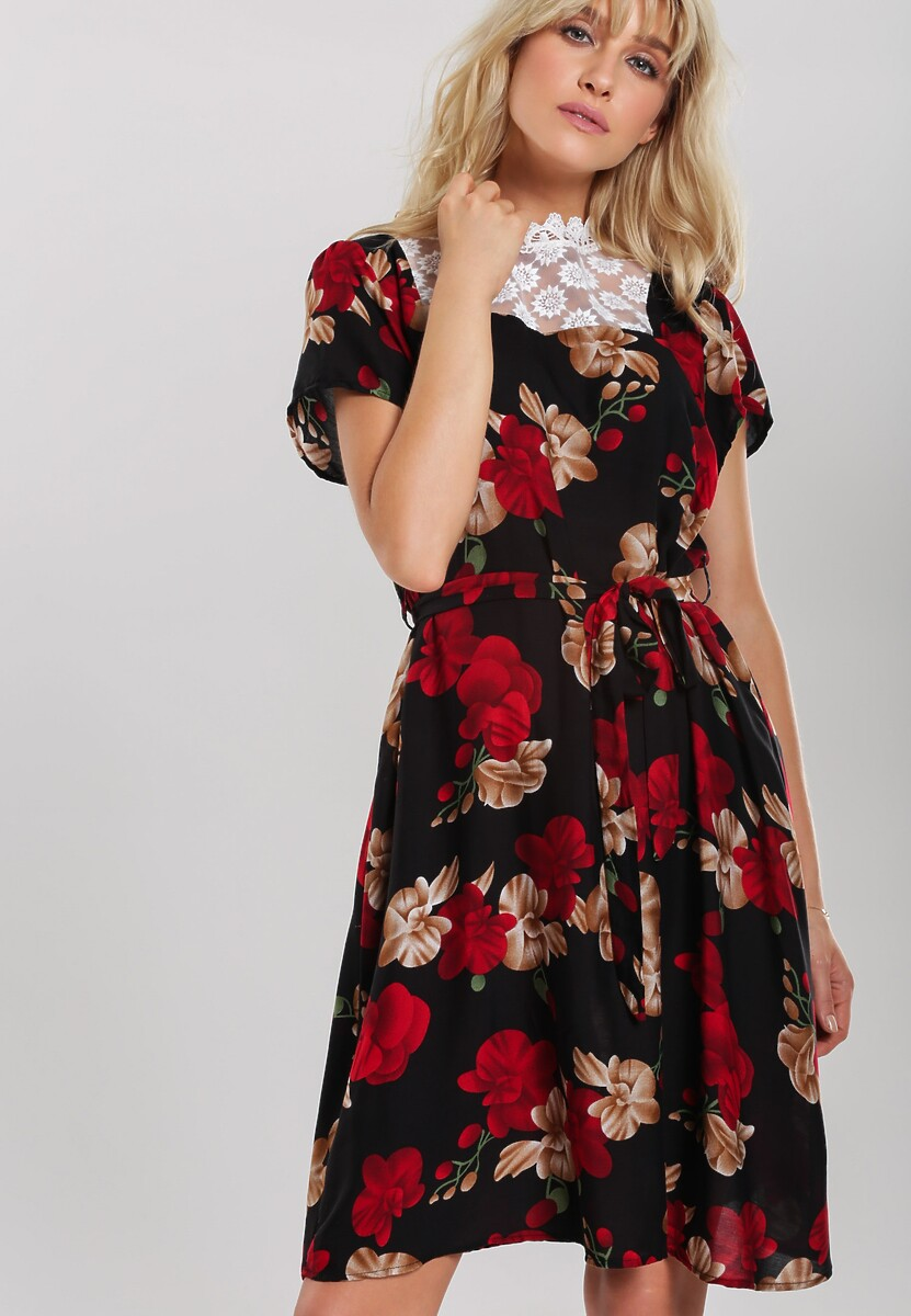 Czarna Sukienka Behaviour