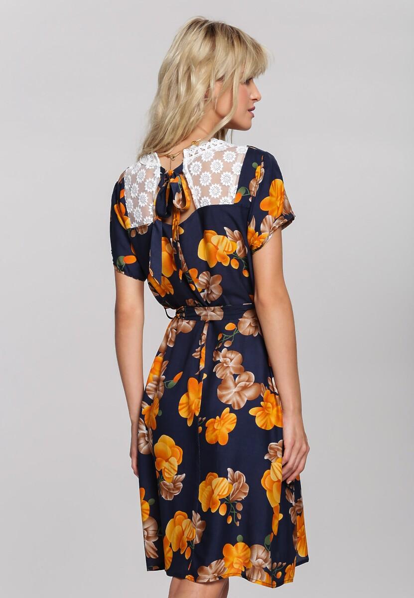 Granatowa Sukienka Behaviour