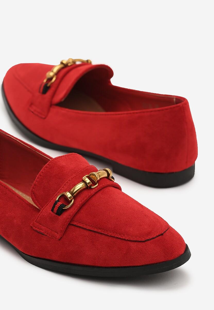 Czerwone Mokasyny Liana