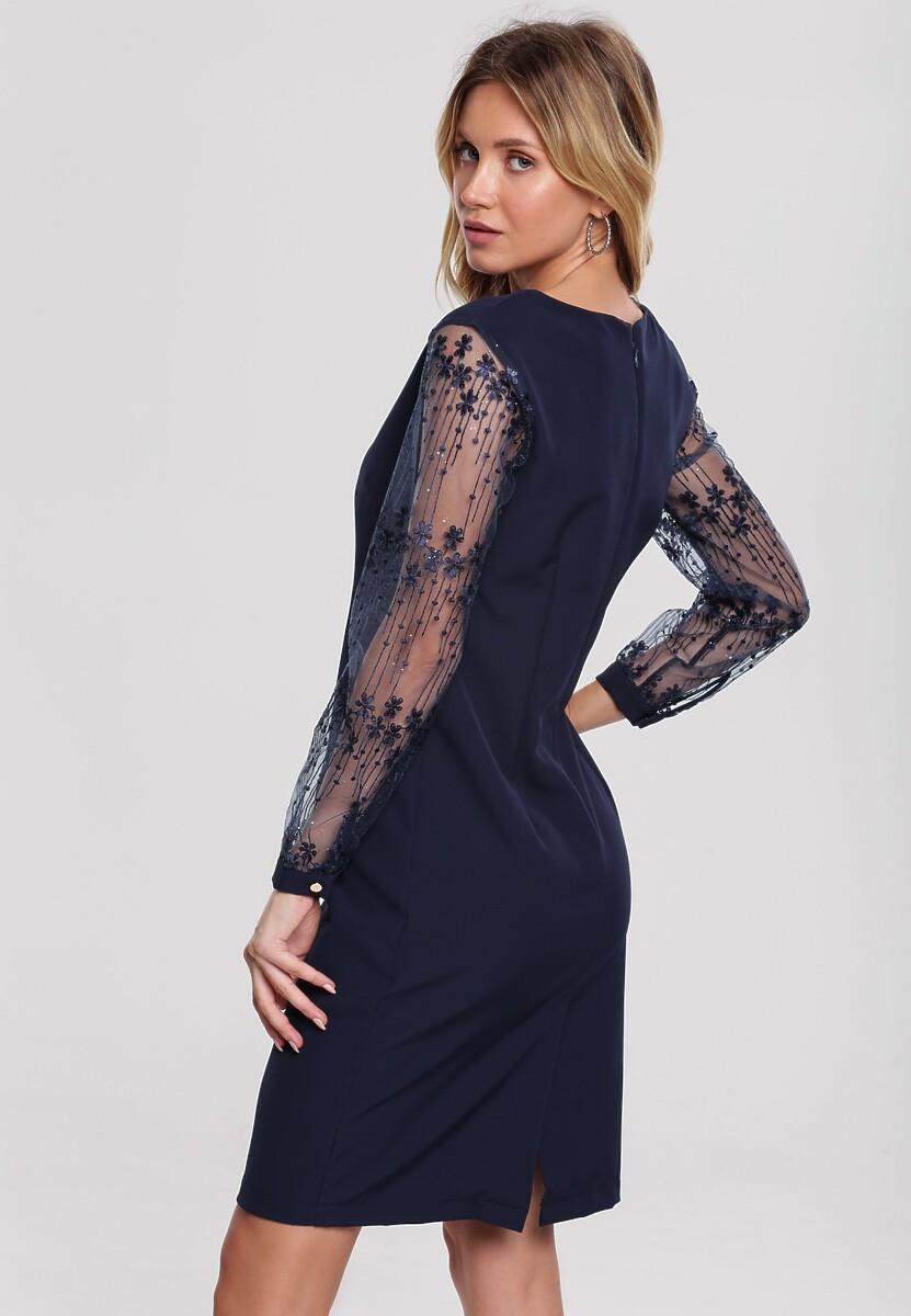 Ciemnoniebieska Sukienka In Sooth