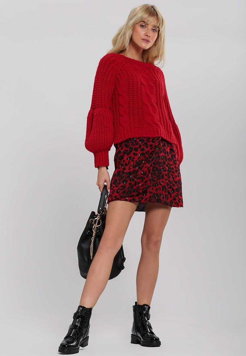Czerwony Sweter Quadrant