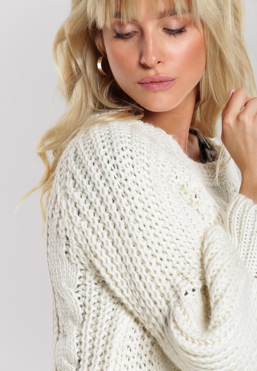 Kremowy Sweter Quadrant