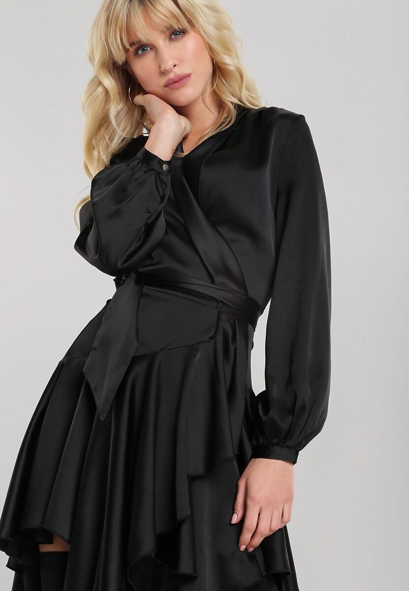 Czarna Sukienka Camelback