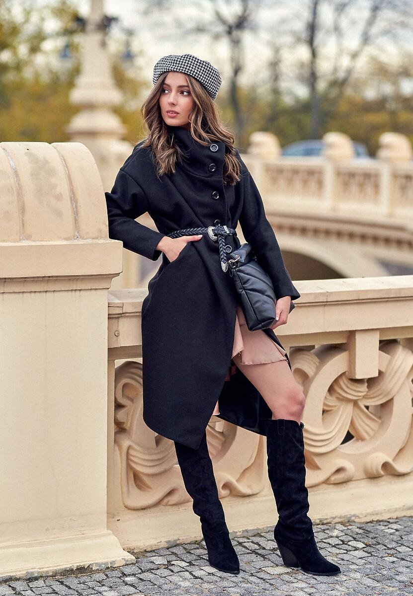 Czarny Płaszcz Derita