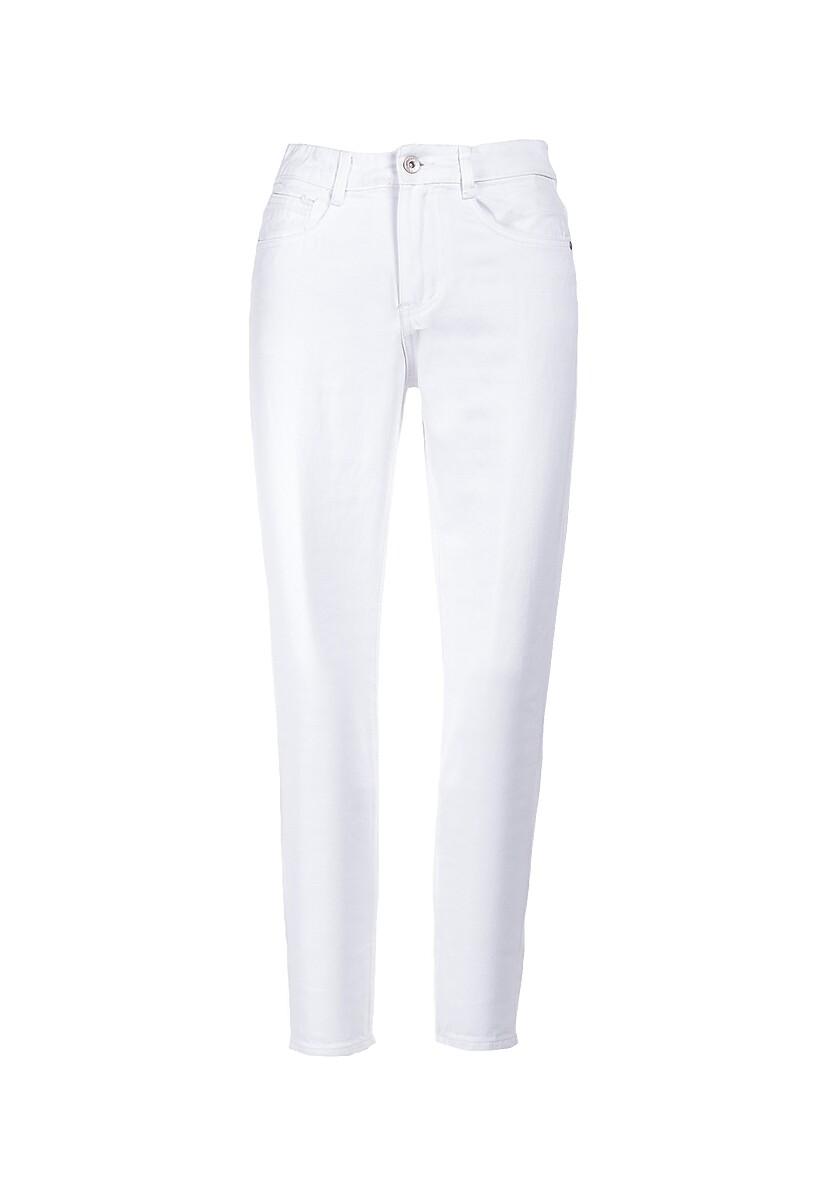 Białe Jeansy Flannery