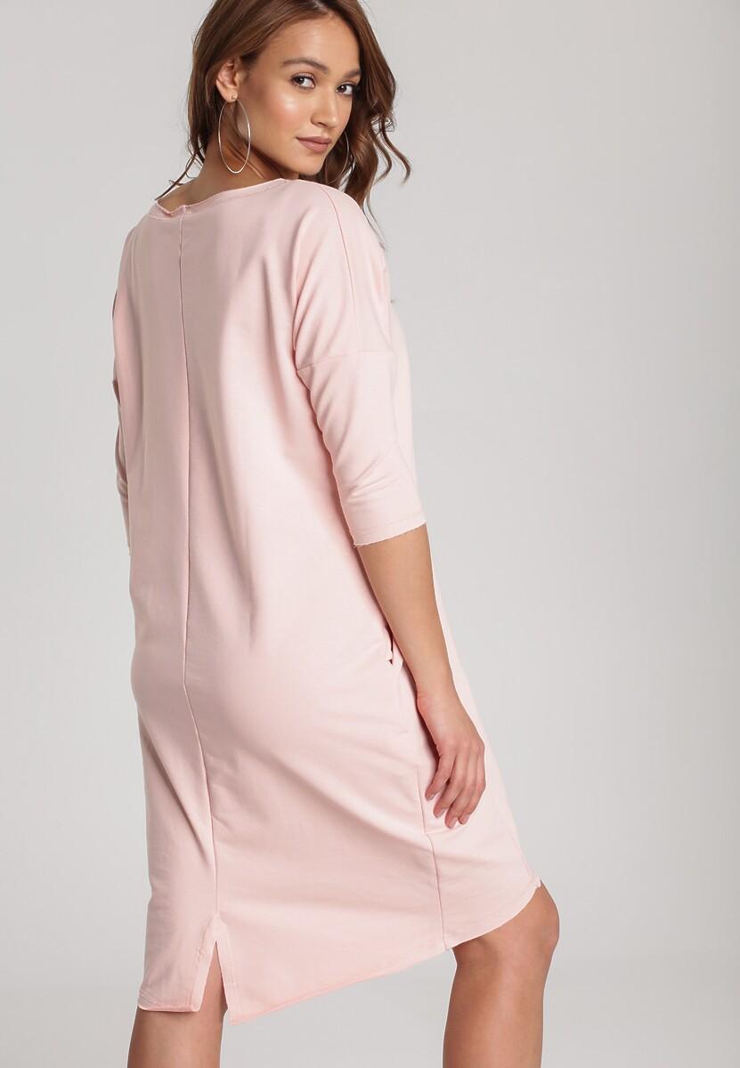 Jasnoróżowa Sukienka Alcirope