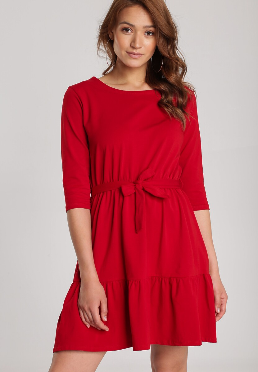 Czerwona Sukienka Thelxielira