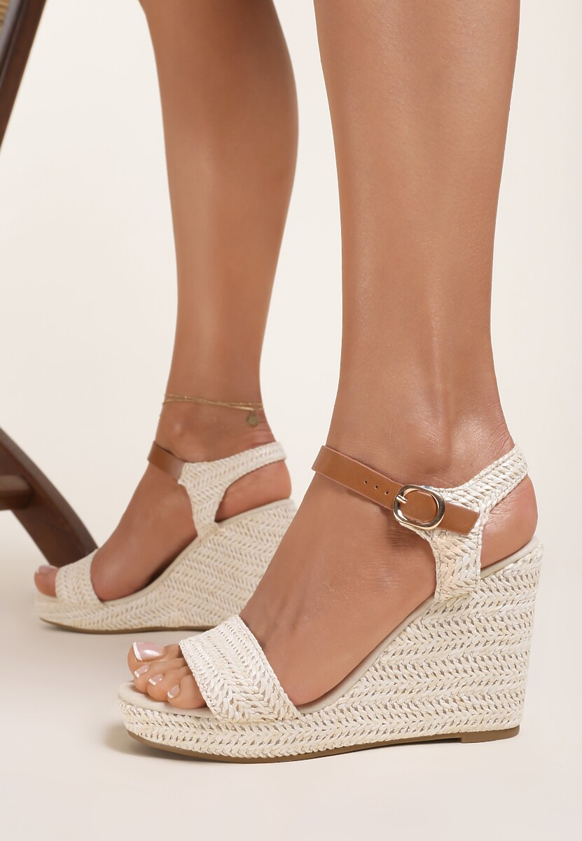 Beżowe Sandały Aririen