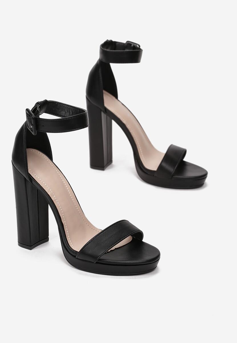 Czarne Sandały Amaliriope
