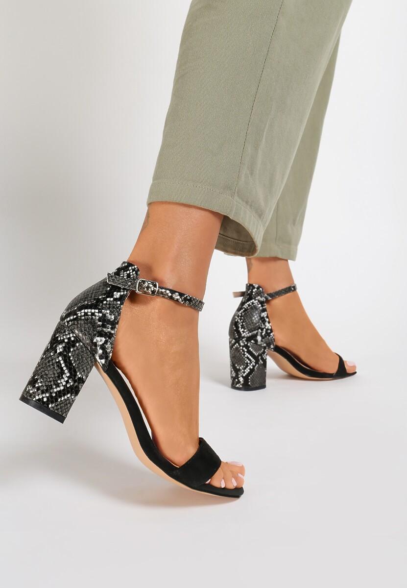 Czarne Wężowe Sandały Aethereino