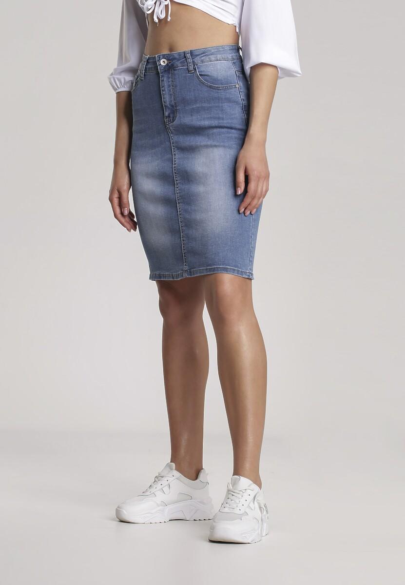 Niebieska Spódnica Menironei