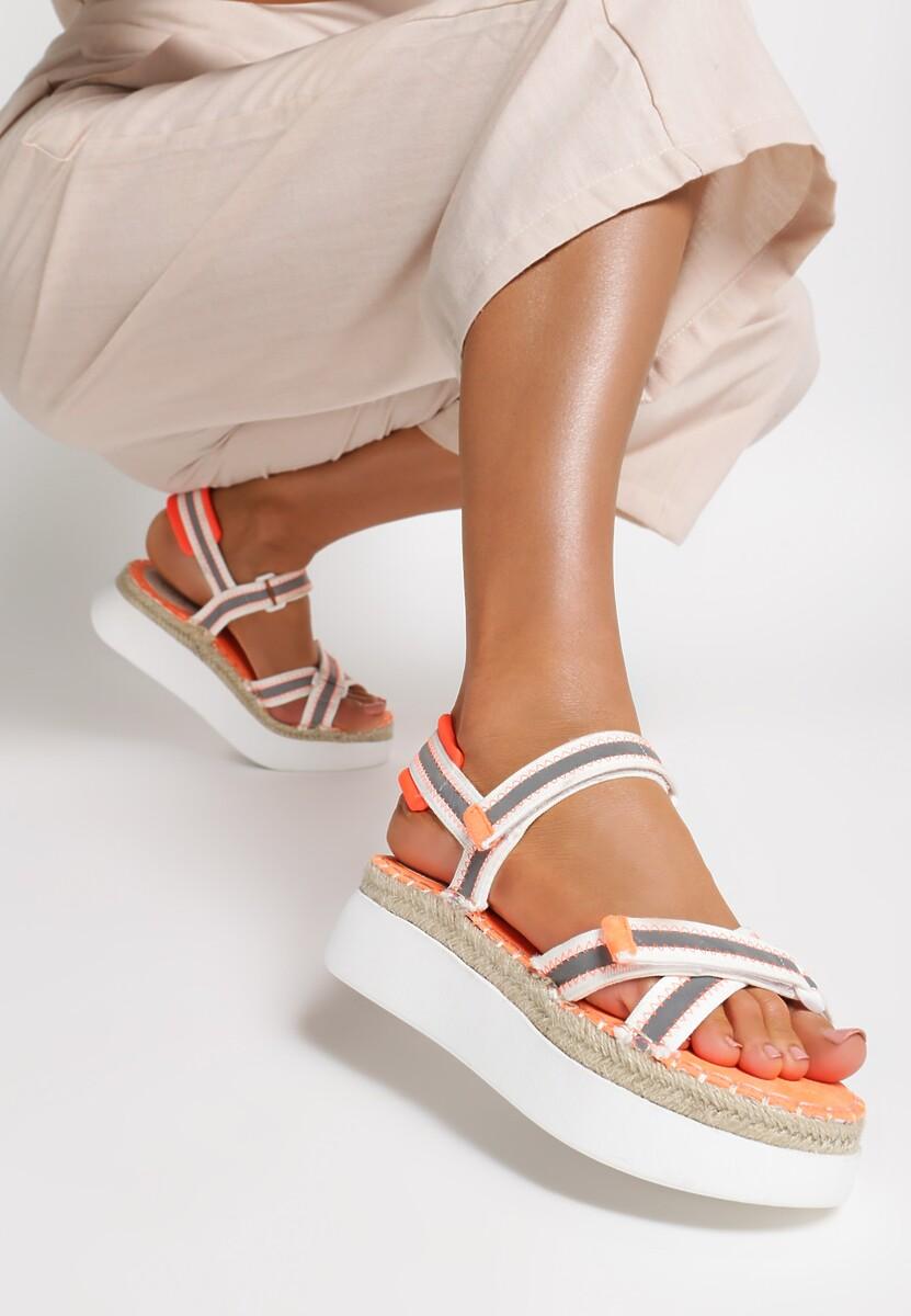 Biało-Pomarańczowe Sandały Adrilla