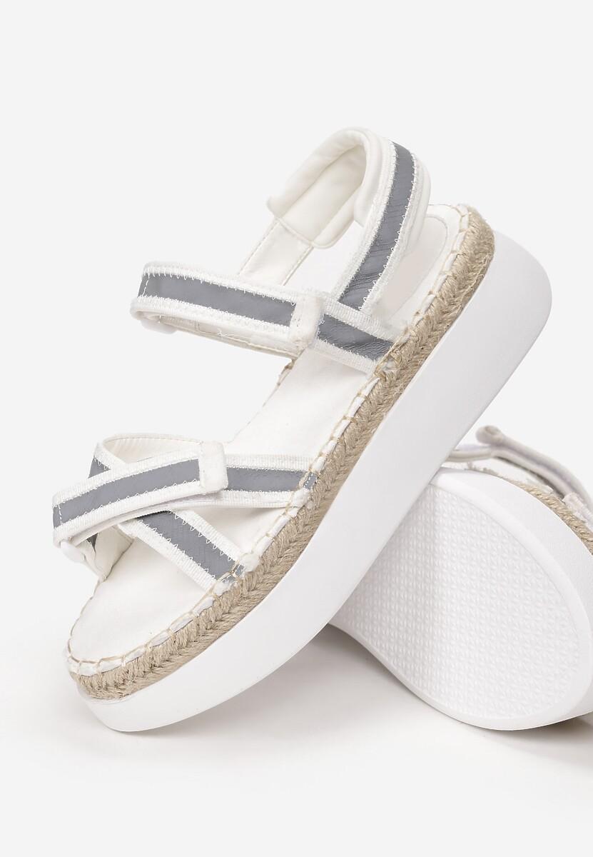 Białe Sandały Adrilla
