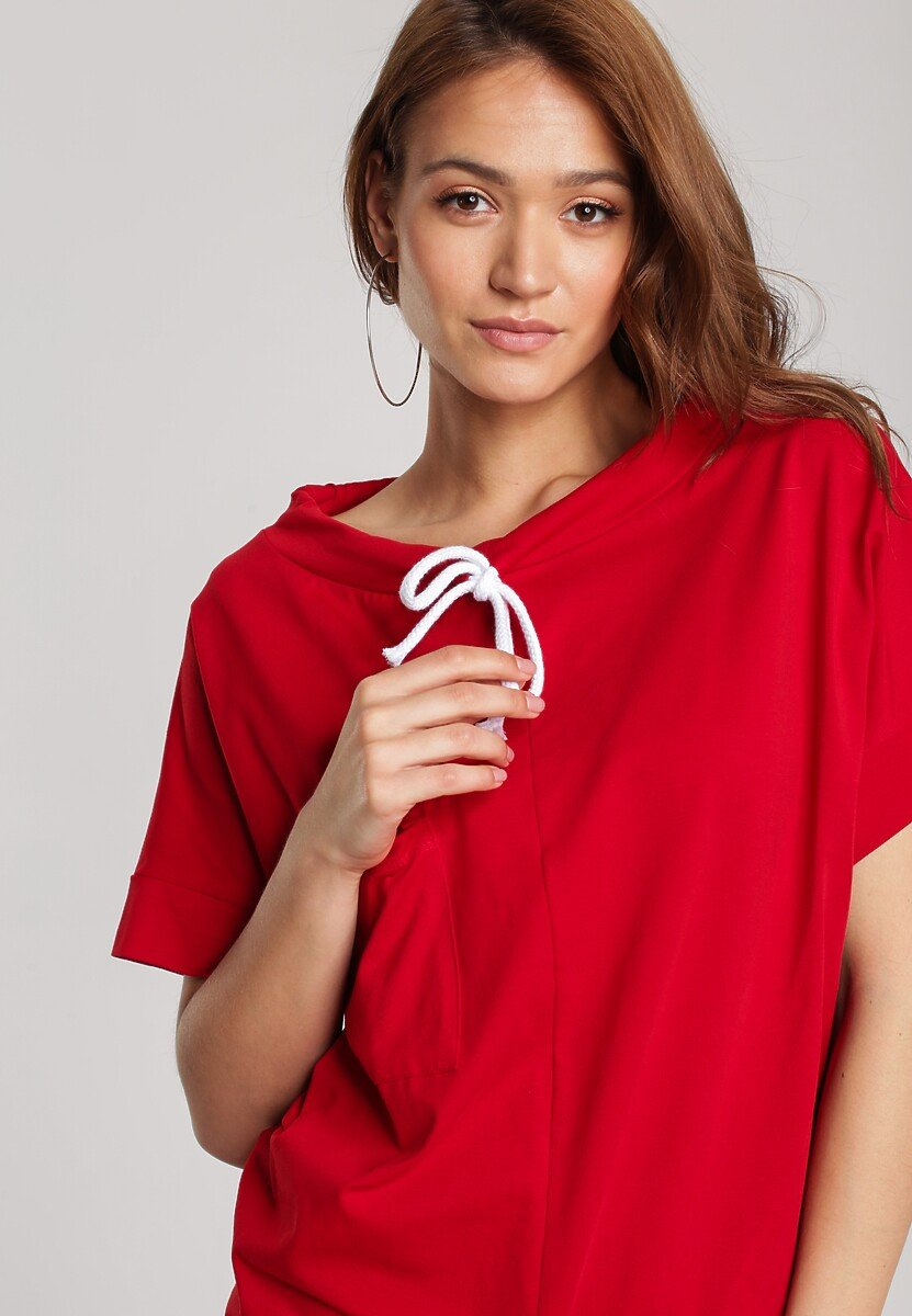 Czerwona Bluza Bordeia