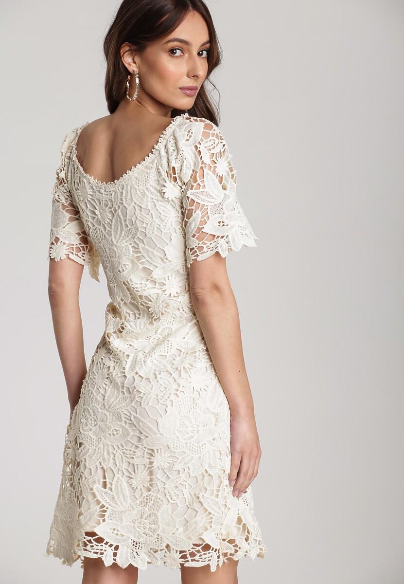 Kremowa Sukienka Alusana