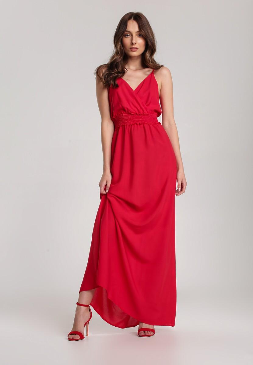 Czerwona Sukienka Nesameni