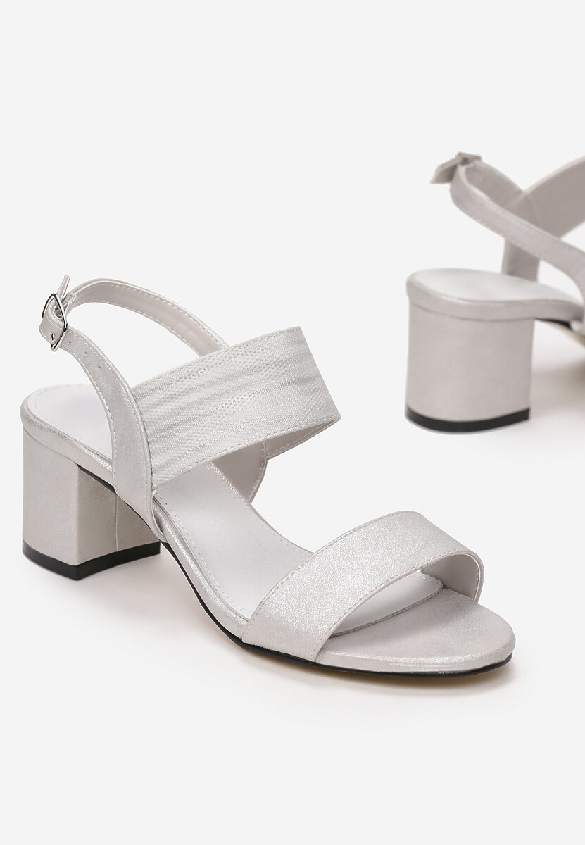 Srebrne Sandały Daione