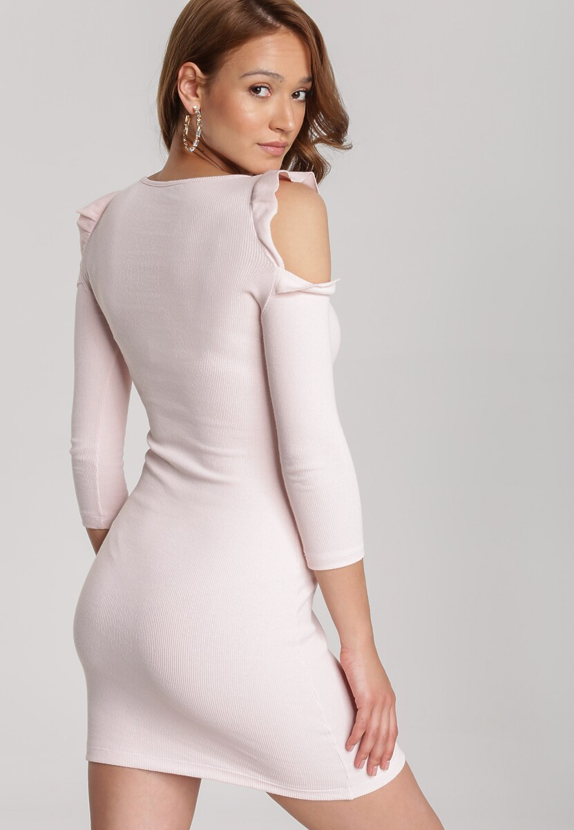 Jasnoróżowa Sukienka Zharien