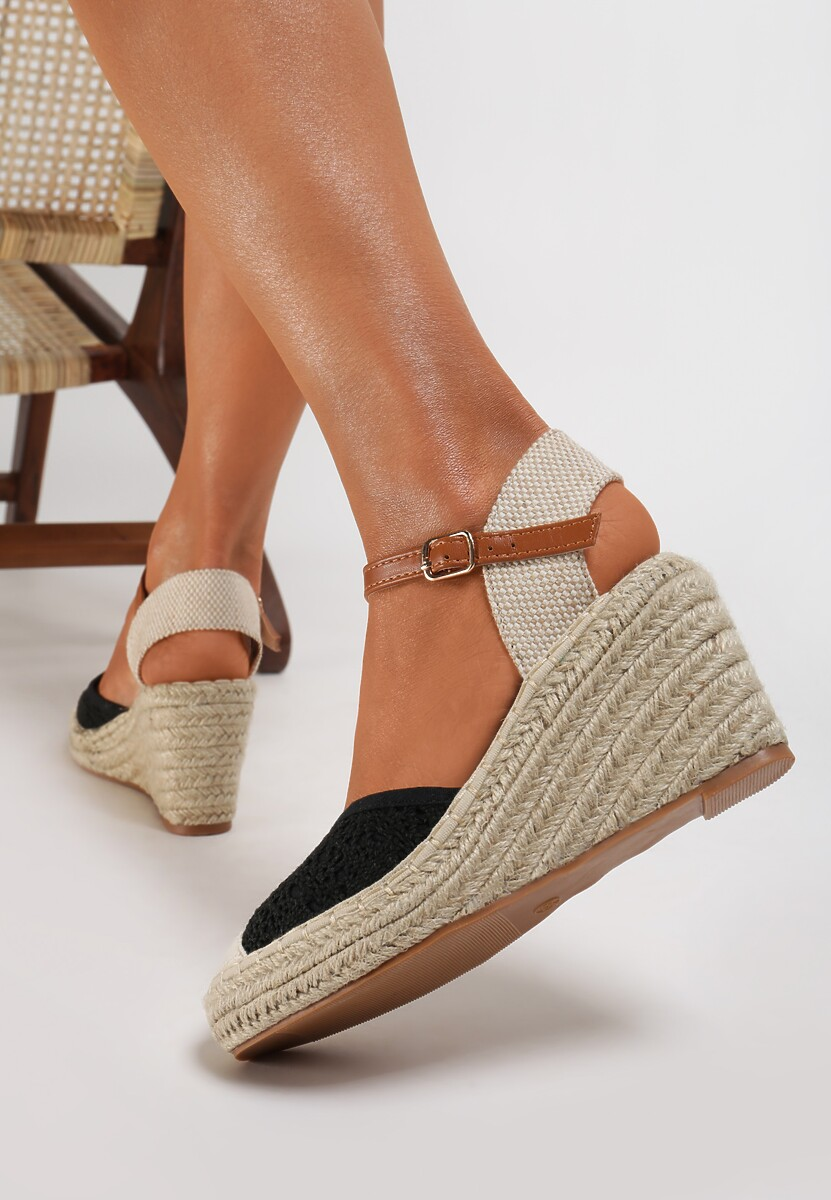 Czarne Sandały Genily