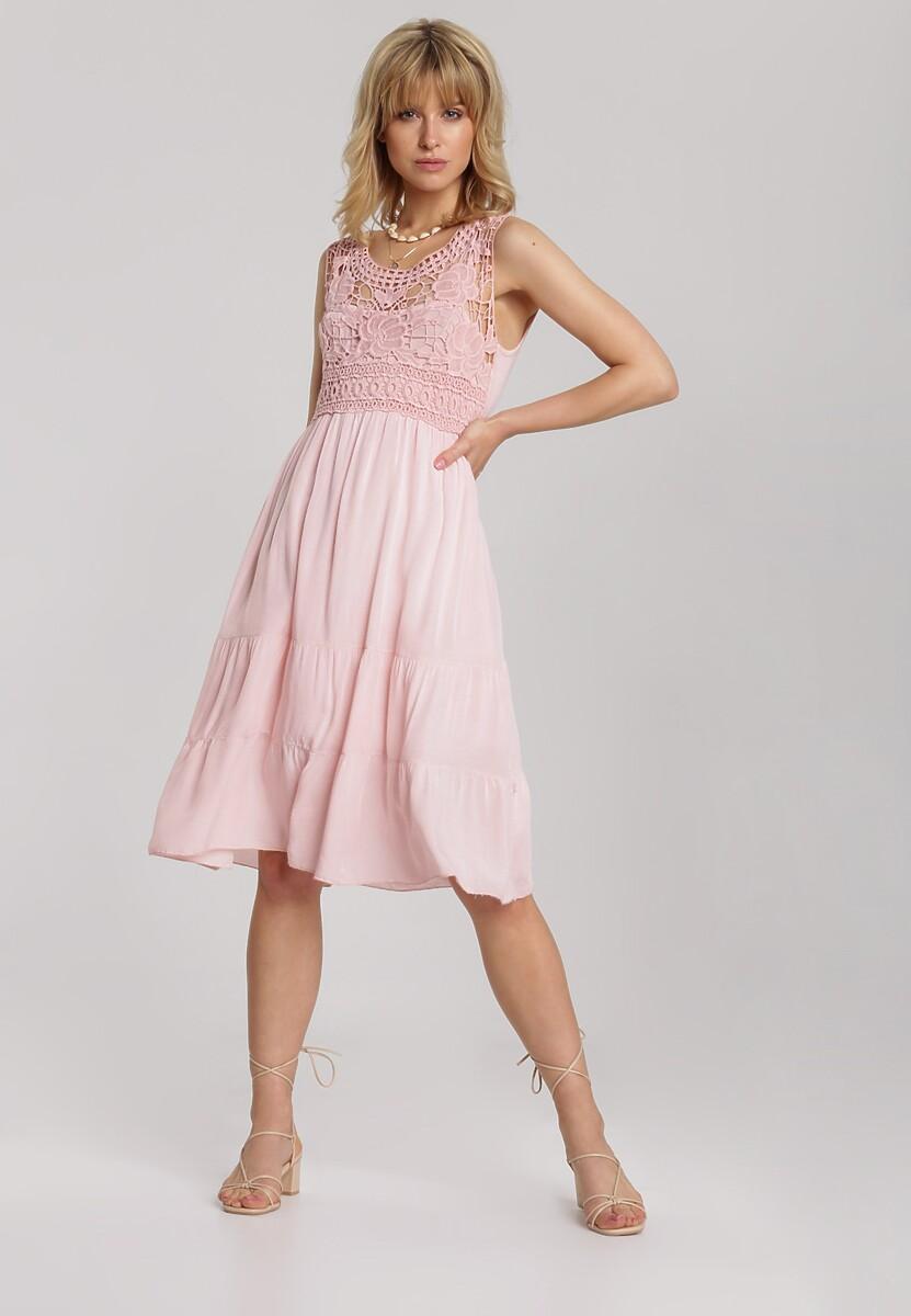 Jasnoróżowa Sukienka Laocine