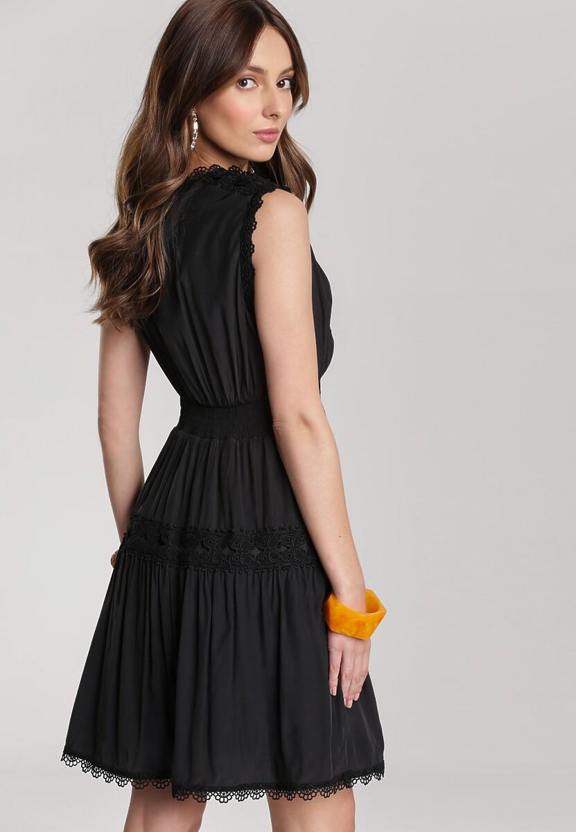 Czarna Sukienka Larinia