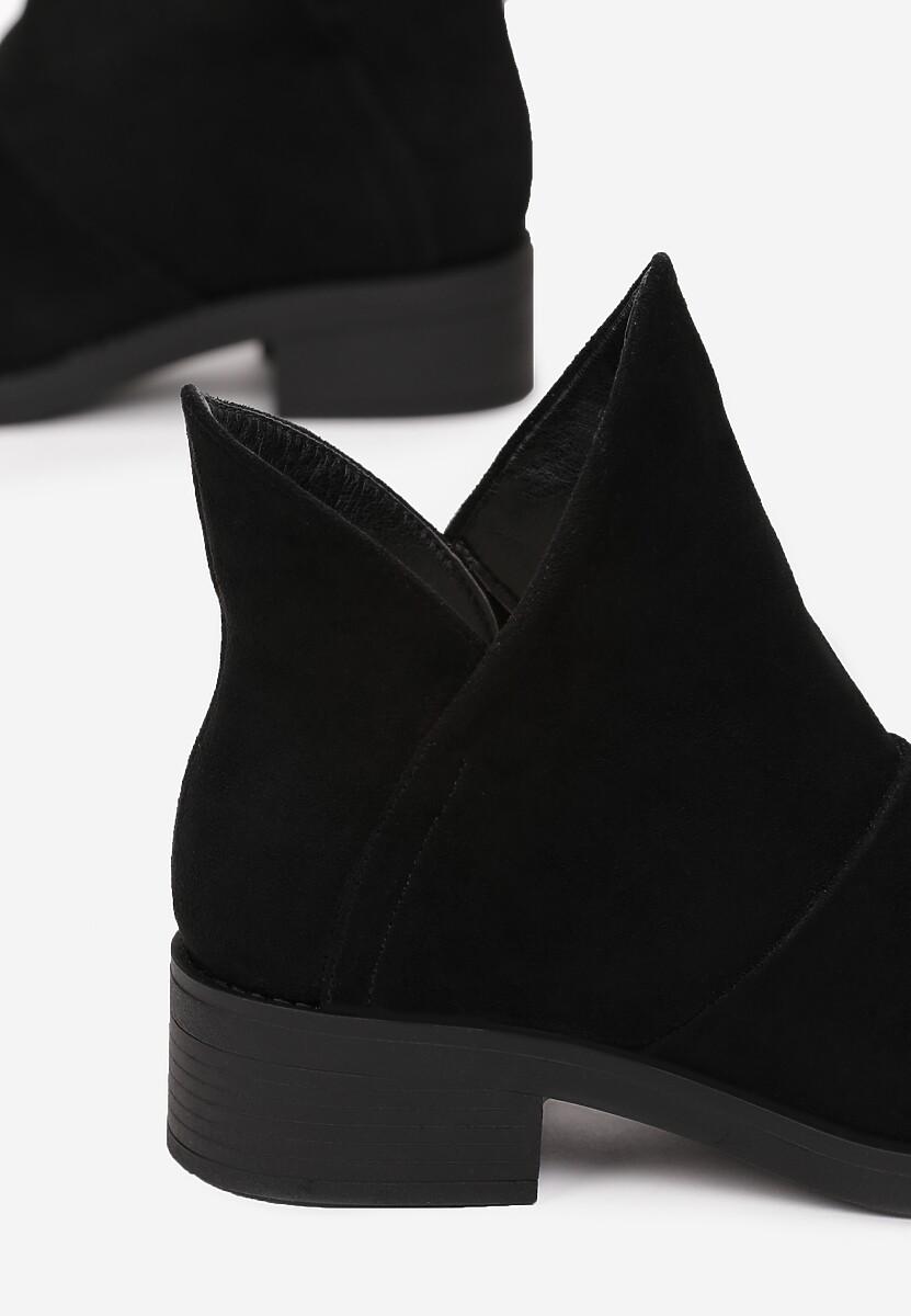 Czarne Botki Larairah