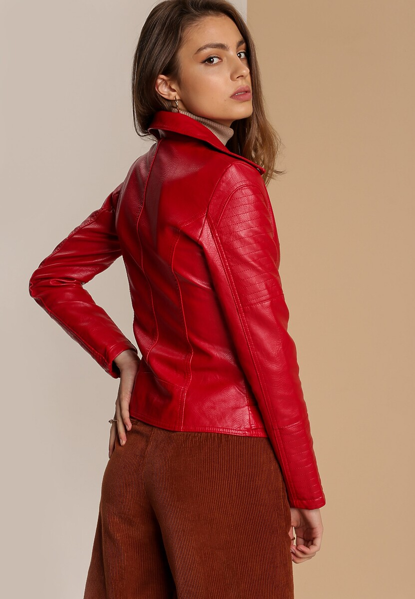 Czerwona Ramoneska Tinaya