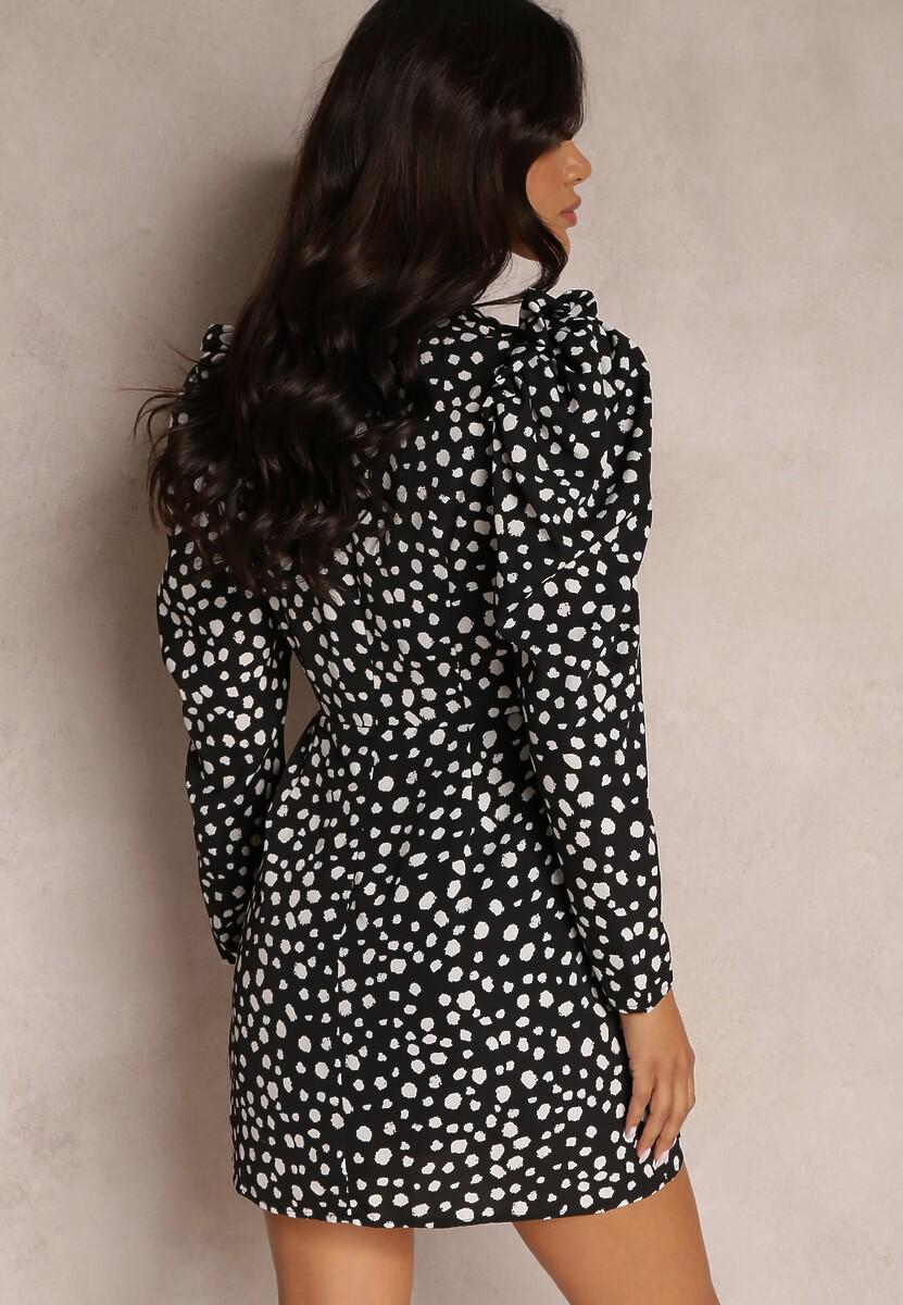 Czarna Sukienka Calinome