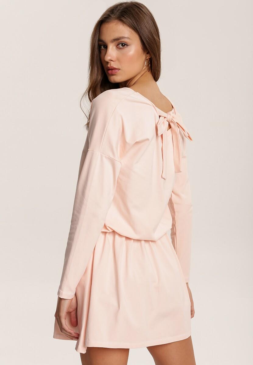 Jasnoróżowa Sukienka Eshirthine