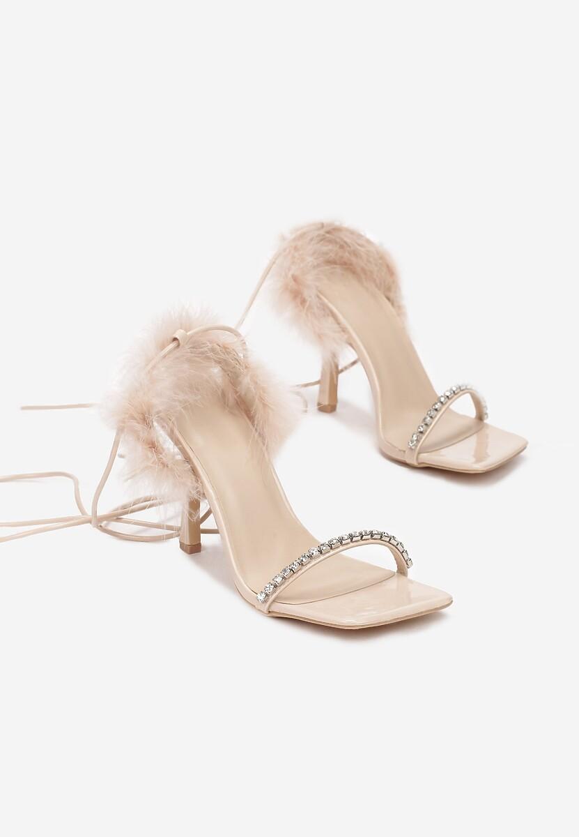 Beżowe Sandały Chariesh