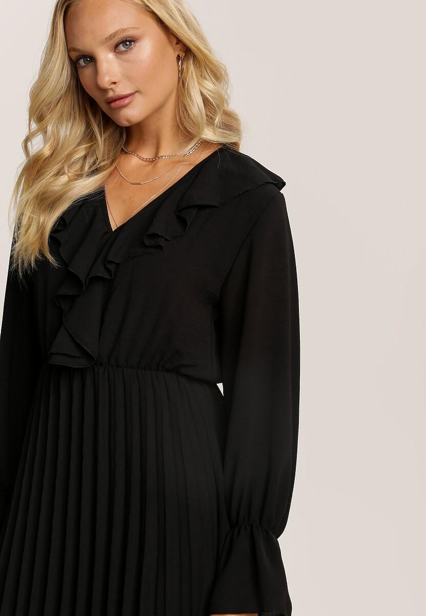 Czarna Sukienka Vyloria