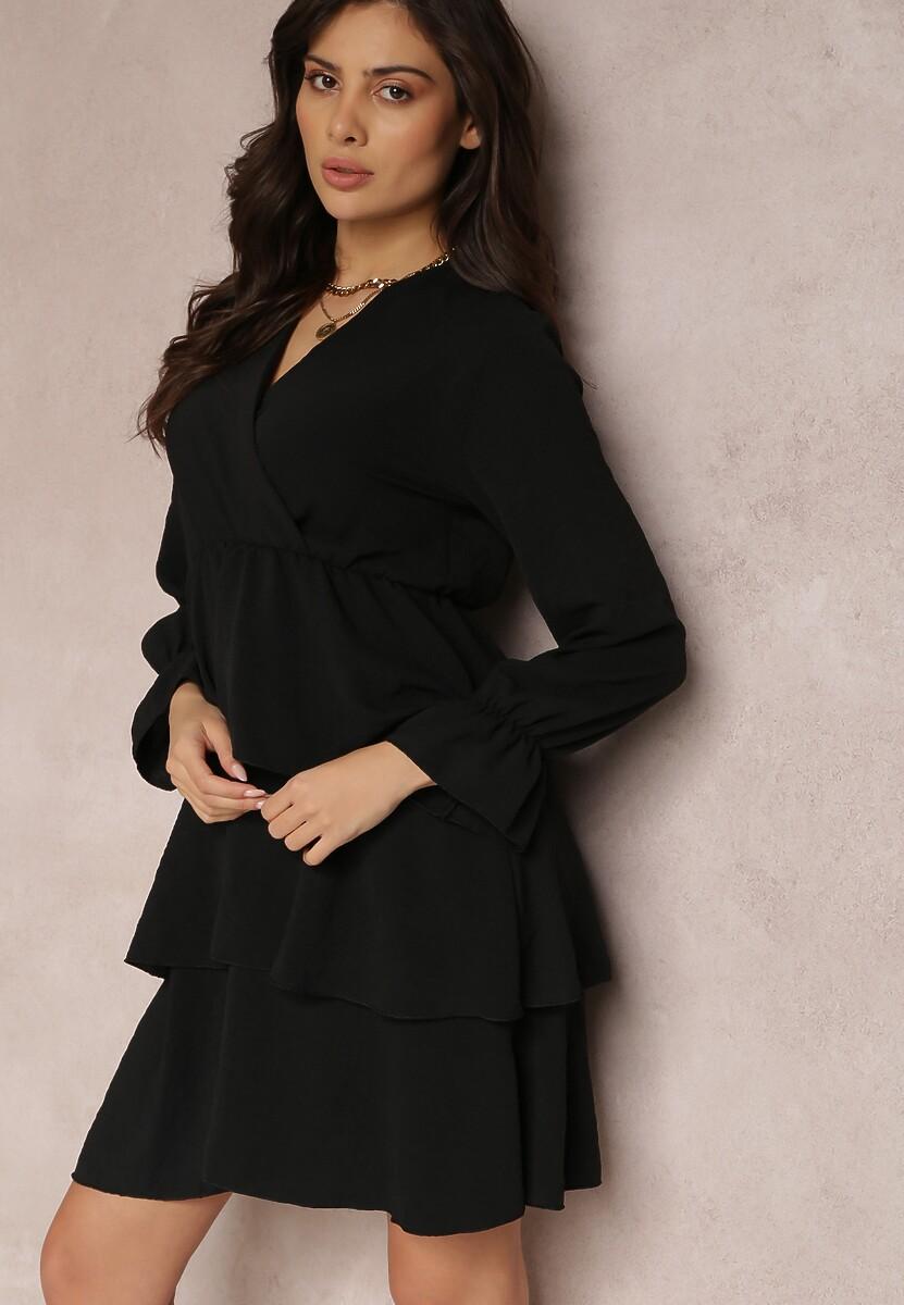 Czarna Sukienka Softpeak