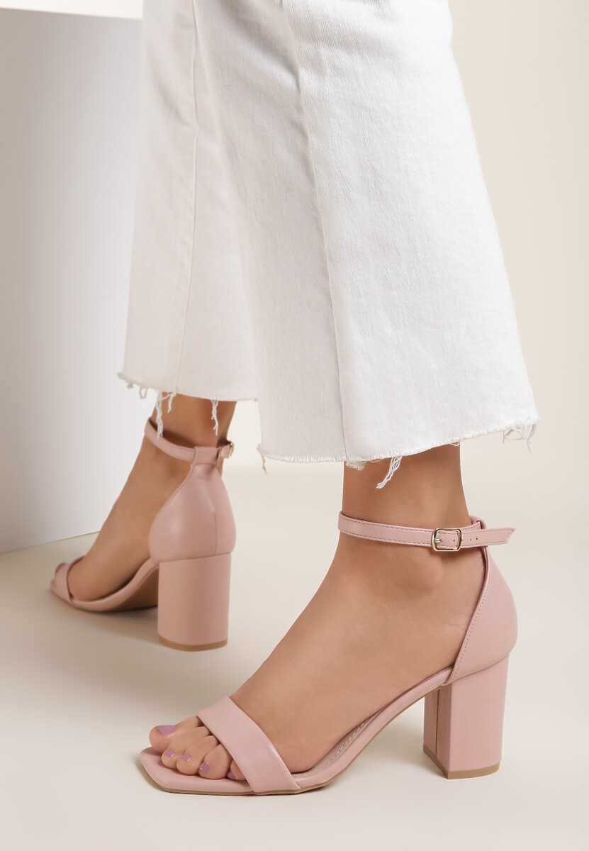 Różowe Sandały Thronypso