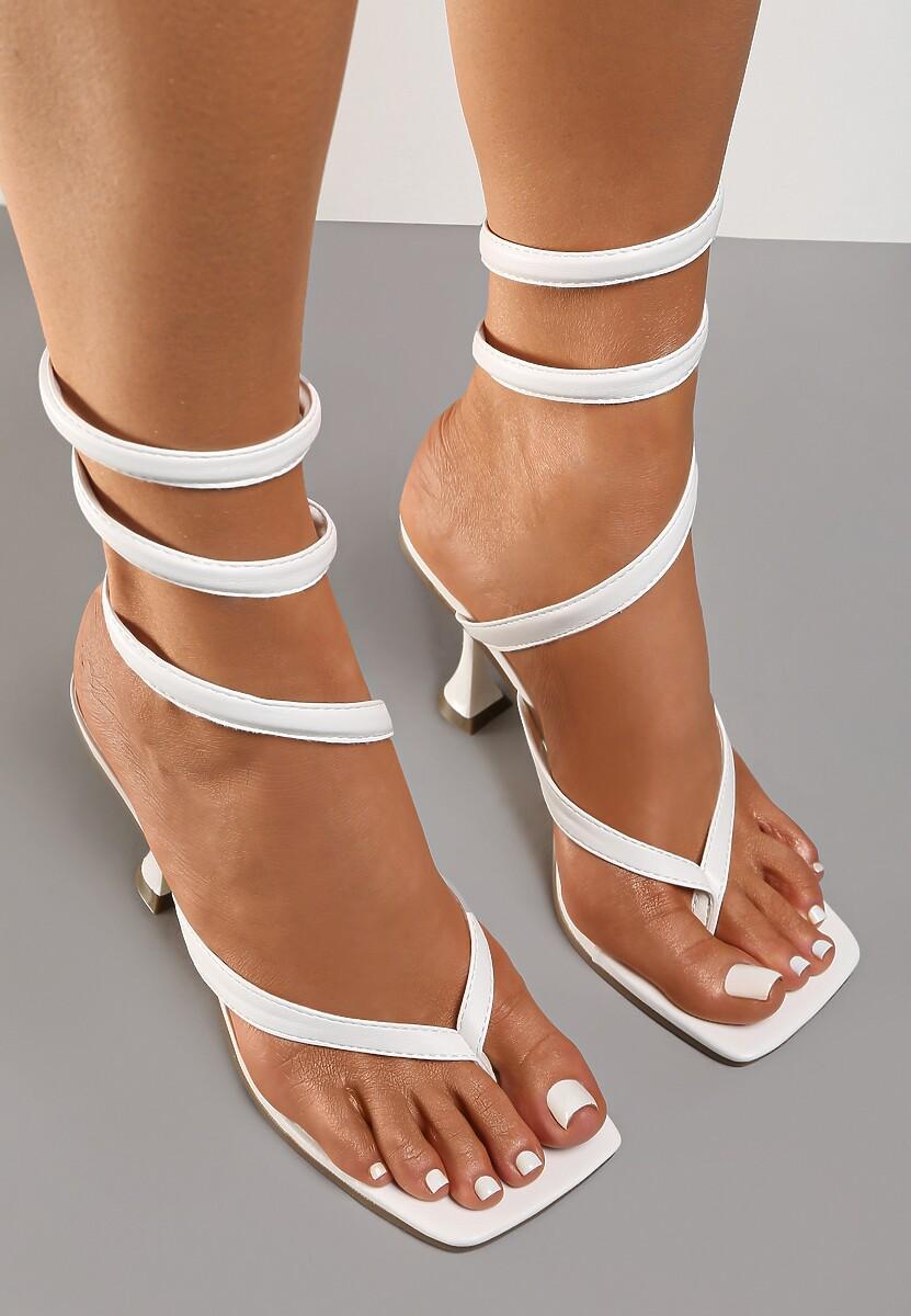 Białe Sandały Thanertes